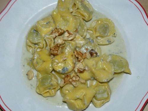 tortelloni-gorgonzona-e-noci